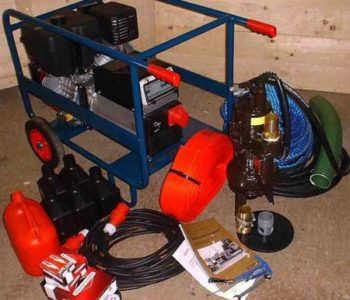 Pump kit with petrol generator