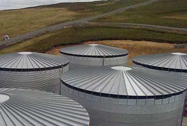 Storage Tanks: 251,000 to 1,200,000 Litres